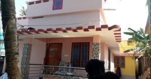 പുല്ക്കൂടിന്റെ സ്നേഹത്തണലില്  സഹപാഠിക്ക് വീടൊരുക്കി